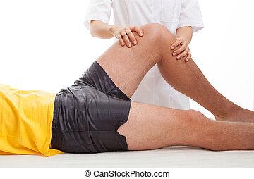 fysiotherapeut, masserende handen, een, been