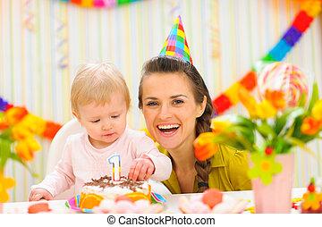 gâteau, bébé, anniversaire, portrait, mère