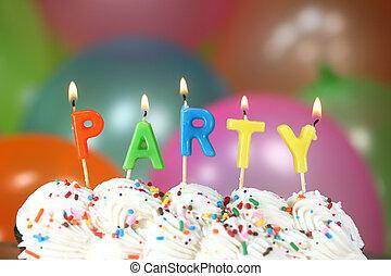 gâteau, bougies, ballons, célébration