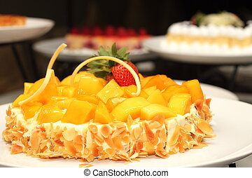 gâteau, décoré, mangue, amandes, trawberry