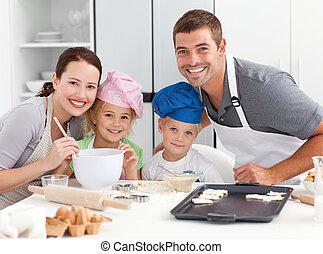 gâteaux, joyeux, portrait, famille, littles, cuisine