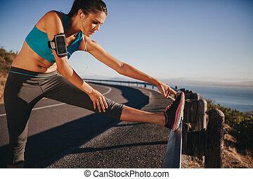 gångmatta, spring, sträckande, kvinnlig, för