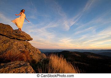 góra, 3, kobieta, zachód słońca