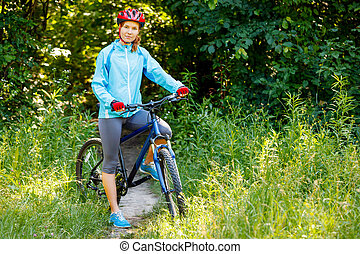 góra, kobieta, młody, rower, portret, outdoors., szczęśliwy