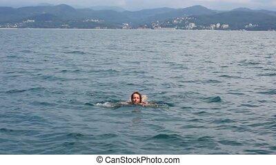 góra, kobieta, morze, młody, brzeg, aparat fotograficzny, tło, pływacki