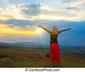 góra, kobieta, zachód słońca