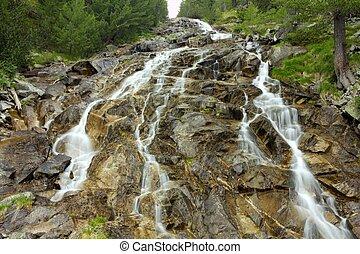 góra, wodospad, krajobraz