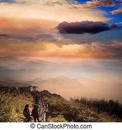 góra, zdumiewający, wschód słońca