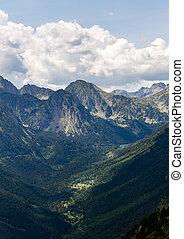 górska dolina, oddalony, szpice
