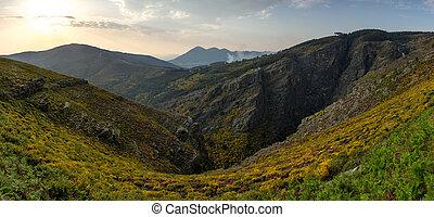 górski grzebień, panorama