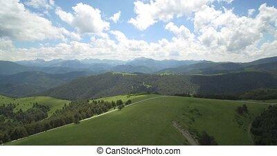 górzysty, krajobrazy, -, antena, pyrenees, tłumaczenie,...