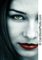 gótico, mujer, con, pálido, cara, y, labios rojos