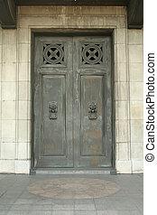 gótico, puerta, con, león, aldabas, como, manijas