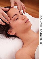 głowa, traktowanie, masaż