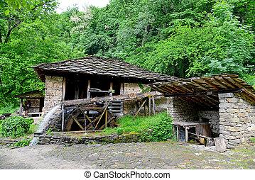 gabrovo, etar, ethnographic, casas, aldea, bulgaria