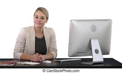 gai, bureau, séance, femme affaires, chroma, écran, regarder, appareil photo, arrière-plan vert, clã©, table, blanc