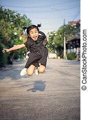 gai, enfants, saut, et, flotter, mi air, jouer, à, bonheur,...