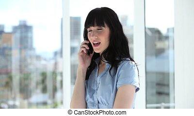 gai, téléphone, conversation, femme affaires