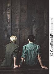 gaio, pavimento, legno, coppia, seduta, giovane, parete, fronte