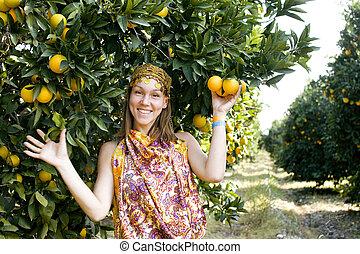 gaj, pomarańcza, uśmiechnięta kobieta, ładny