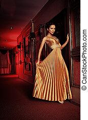 gala day - Beautiful young woman in a luxurious classic...