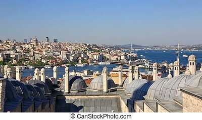 Galata bridge in the Golden horn, Istanbul, Turkey -...