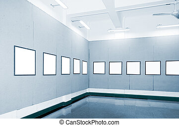 Gallery - No one in the Hall panoramic