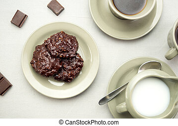 galletas del chocolate, con, café, y, leche