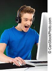 gamer., izgatott, tízenéves fiú, játék video játék, -ban,...