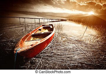 gamle, båd, på, sø, hos, solnedgang