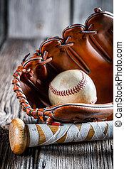 gammal, baseboll slagträ, och, handske, med, boll