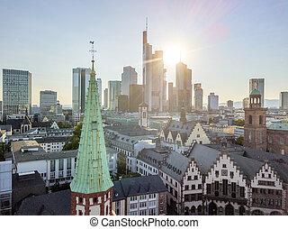 gammal by, och, i centrum, under, solig dag, in, frankfurterkorv är huvudsakliga, tyskland