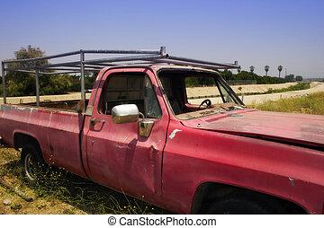 gammal lastbil, röd