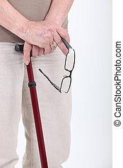 gammal, person, med, att gå klibbar