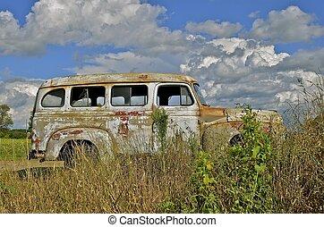gammal, skåpbil, windowless, parkerad