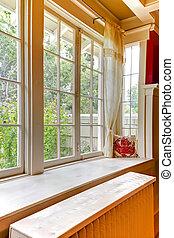gammal, stort, fönster, med, uppvärmning, vatten, radiator.
