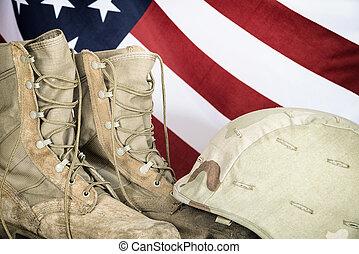 gammal, strid, stövel, och, hjälm, med, amerikan flagga
