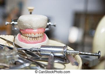 gammal, tandproteser