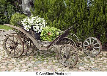 gammal, trä, vagn, fyllt, med, blomningen