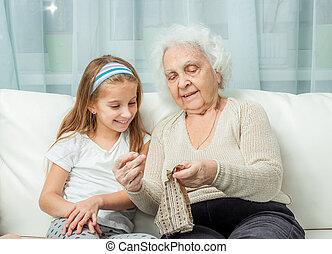 ganddaughter, 刺繍しなさい, 勉強, おばあさん
