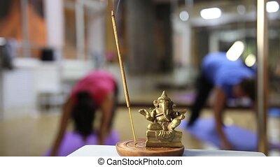 ganesha, yoga, exercisme, arôme, studio, fond, statuette, ...