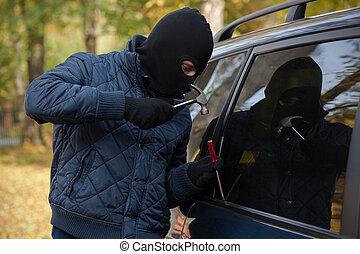 gangster, försökande, till öppna, a, car's, fönster