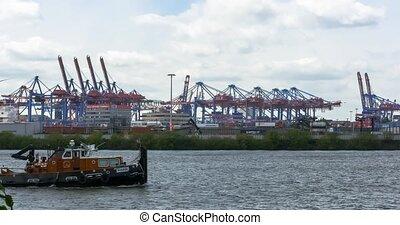 Gantry Lift Trucks, huge ship passi - 4K, Gantry Lift...