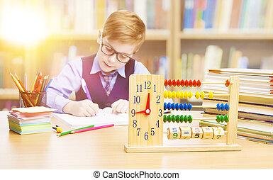 garçon, école, écriture, étudiant, enfant, élémentaire, mathématiques, education, classe, gosse