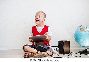 garçon, école, down-syndrome, tablette, séance, floor., portrait