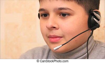 garçon, 3, jeu ordinateur, jouer