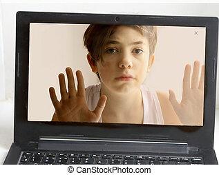 garçon adolescent, aide, sac, informatique, intoxiqué