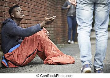 garçon, adolescent, argent, mendiant, rue, sdf