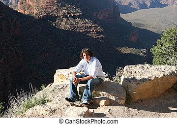 garçon adolescent, canyon