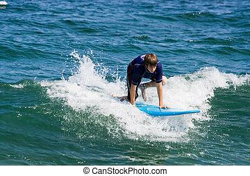 garçon, adolescent, surfer
